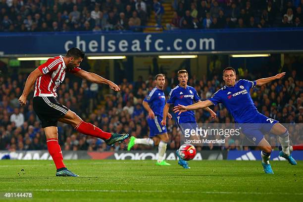 Graziano Pelle of Southampton scores his team's third goal during the Barclays Premier League match between Chelsea and Southampton at Stamford...