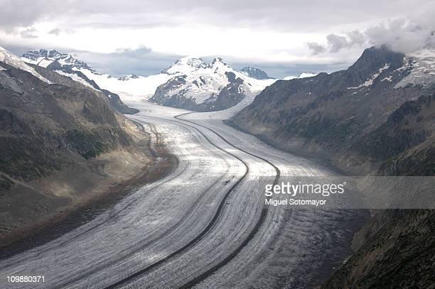 great aletsch glacier - gletscher stock-fotos und bilder
