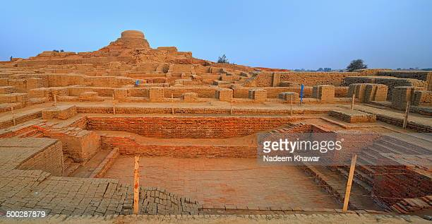 great bath of mohenjo-daro - sind stock pictures, royalty-free photos & images