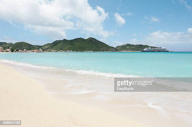 great bay, st maarten - disney stock pictures, royalty-free photos & images
