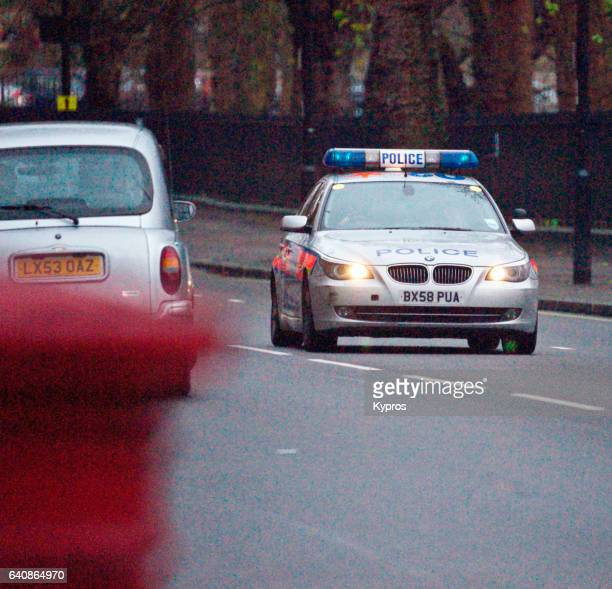 uk, great britain, england, london, view of police car - police car stock pictures, royalty-free photos & images