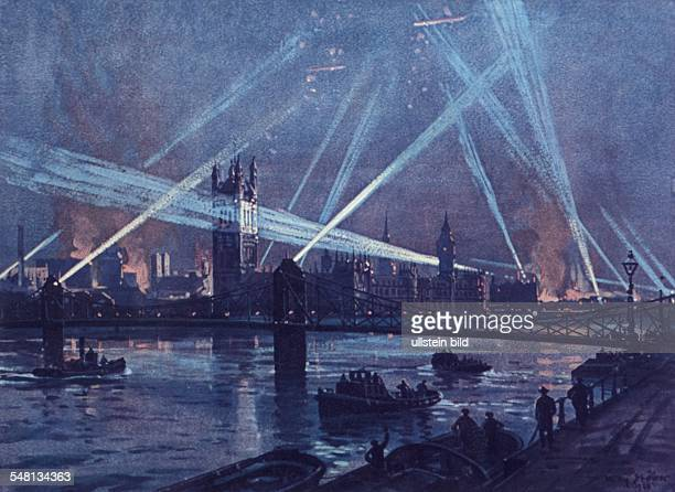 Great Britain England London World War I German airships bombing London watercolor by Willy Stöwer 1916 Photographer ullstein Willy Stöwer
