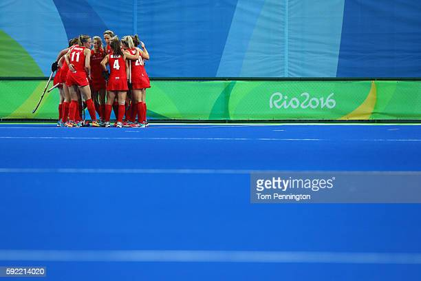 Great Britain players in a huddle during the Women's Gold Medal Match against the Netherlands on Day 14 of the Rio 2016 Olympic Games at the Olympic...