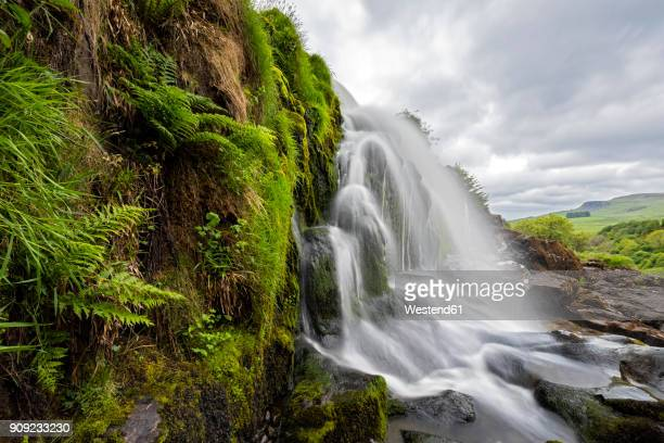 great britain, scotland, scottish highlands, stirling, fintry village, river endrick, loup of fintry waterfall - stirling stock pictures, royalty-free photos & images