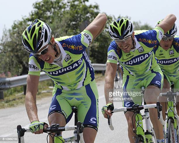 Great Britain's Charles Wegelius pedals with teammates during the sixth stage of 91st Giro between Potenza and Peschici on May 15 2008 Italian Matteo...