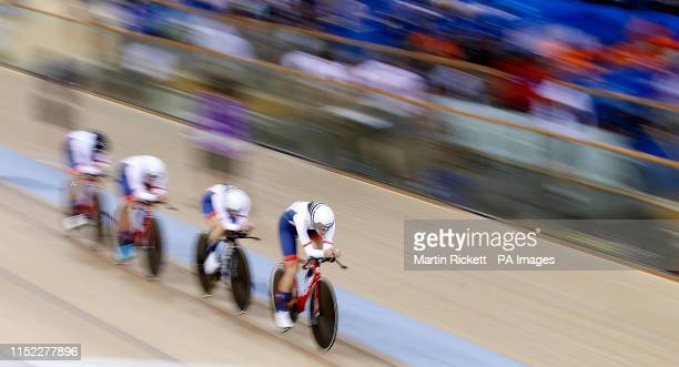 Great Britain's Josie Knight Megan Barker Jenny Holl and Jessica Roberts on their way to finishing 2nd in the Women's Team Pursuit qualifyication...