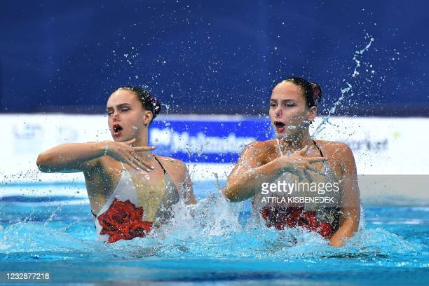 Great Britain's Kare Shortman and Great Britain's Isabelle Thorpe compete in the final of the Duet Free Artistic Swimming event during the LEN...