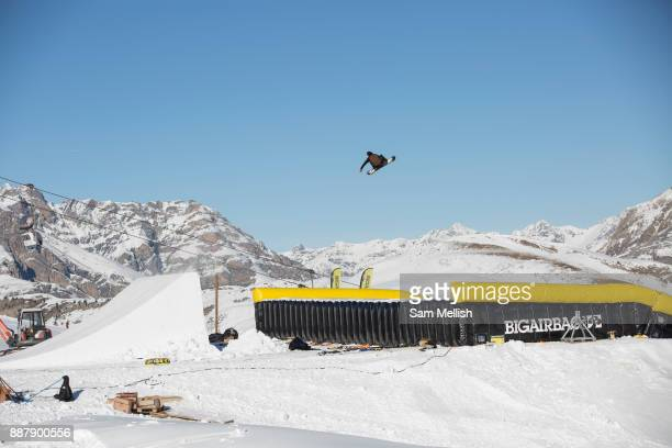 Great British freestyle Snowboarder Billy Morgan from GB Park Pipe the freestyle Ski and Snowboard Olympic development team at their brand new winter...