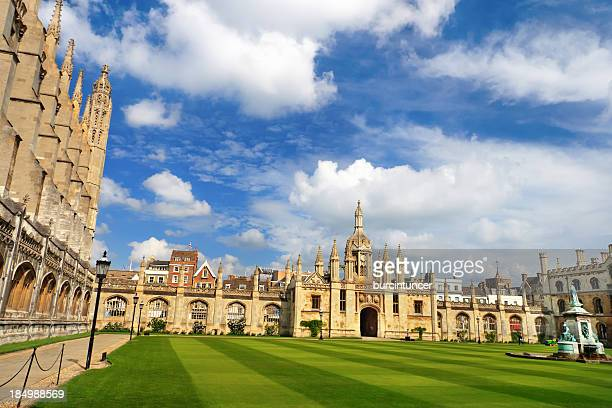 great court of trinity college, cambridge, uk - cambridge university stock pictures, royalty-free photos & images