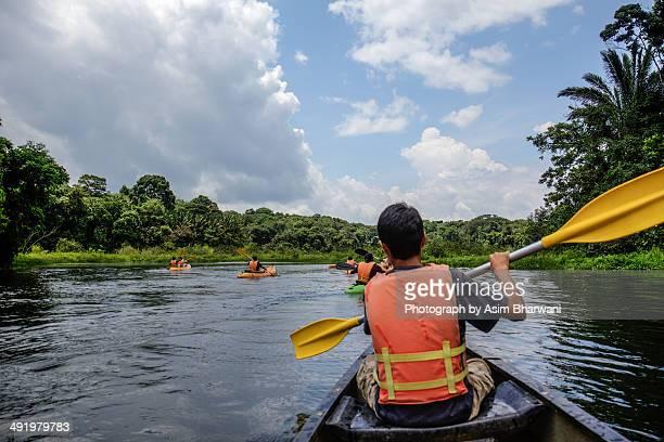 a great day to kayak! - panama fotografías e imágenes de stock