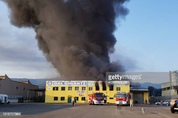 IRENE ROSSANO CALABRIA ITALY A great fire destroyed a shed with Cash and Carry activities in the industrial area of Sant'Irene di Rossano in Calabria...