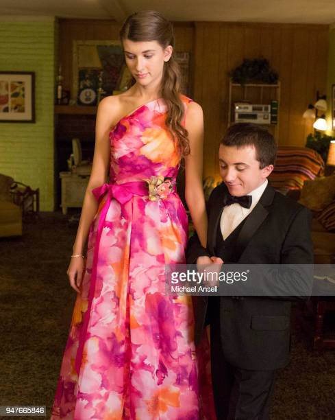 THE MIDDLE Great Heckspectations Frankie has to force Brick into asking Cindy to the high school prom but worries that his quirkiness could spoil the...