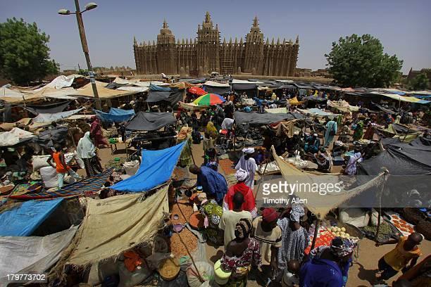 Great Mosque & market in Djenne, Mali