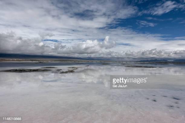 great salt lake, saka salt lake city, qinghai,china - saka stock pictures, royalty-free photos & images