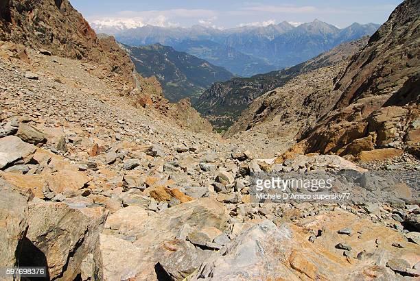Great stony gorge.