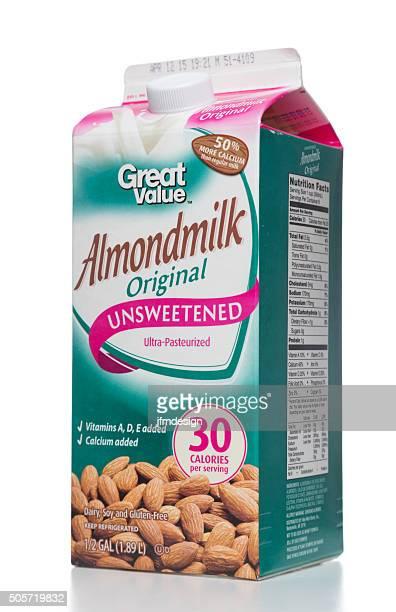 grande valor original almondmilk pacote sem açúcar - milk carton - fotografias e filmes do acervo
