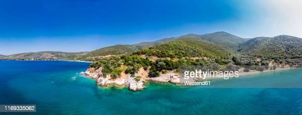 greece, aegean sea, pagasetic gulf, peninsula pelion, beach of kufala - peninsula de grecia fotografías e imágenes de stock