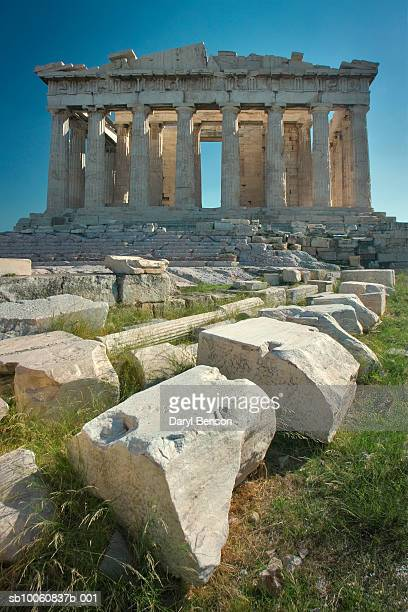greece, athens, acropolis, the parthenon with other ruins - parthenon athens stock pictures, royalty-free photos & images