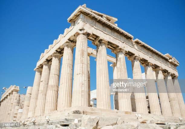 greece, athens, view to parthenon temple on the acropolis - パルテノン神殿 ストックフォトと画像