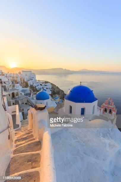 greece, cyclades, santorini - 丸屋根 ストックフォトと画像