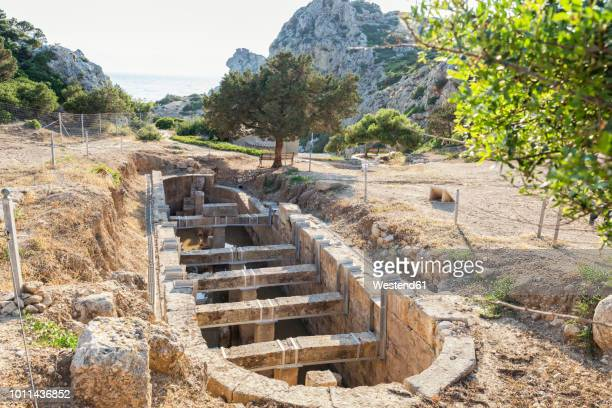 greece, loutraki, heraion of perachora, ancient excavation site, cistern - samos stock photos and pictures
