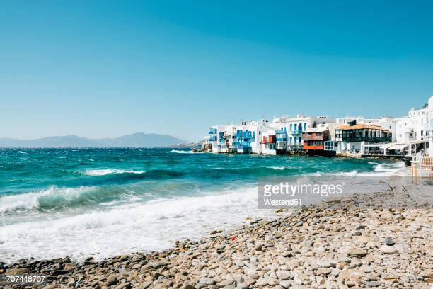 greece, mykonos, view to the little italy from the beach - mittelmeer stock-fotos und bilder