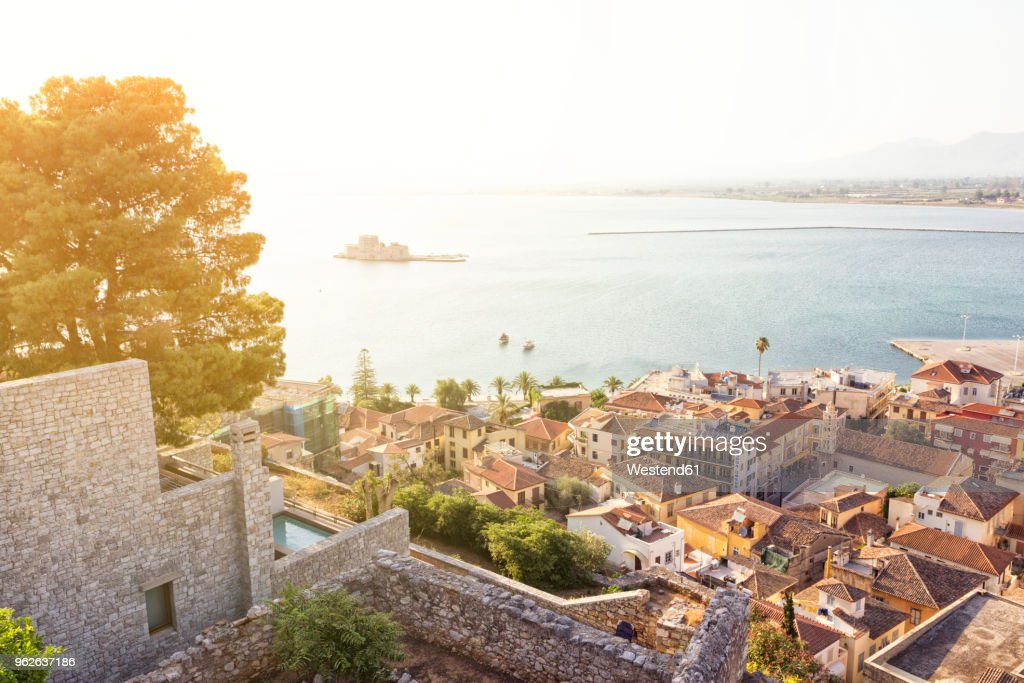 Greece, Peloponnese, Argolis, Nauplia, Old town, View from Akronauplia to Bourtzi Castle : Stock Photo