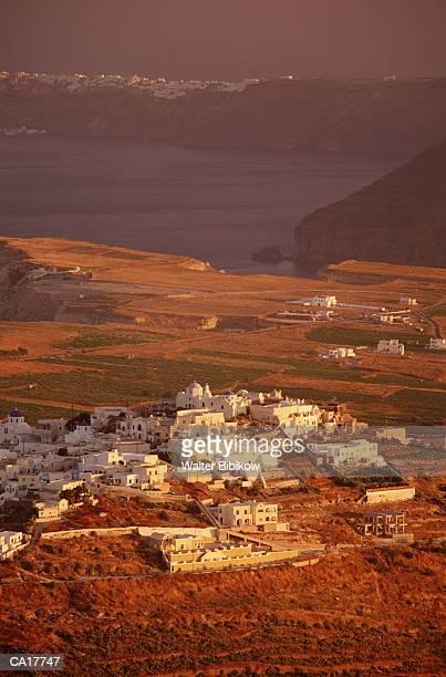 Greece, Peloponnese, Thera (Santorini), Pyrgos, elevated view, dawn