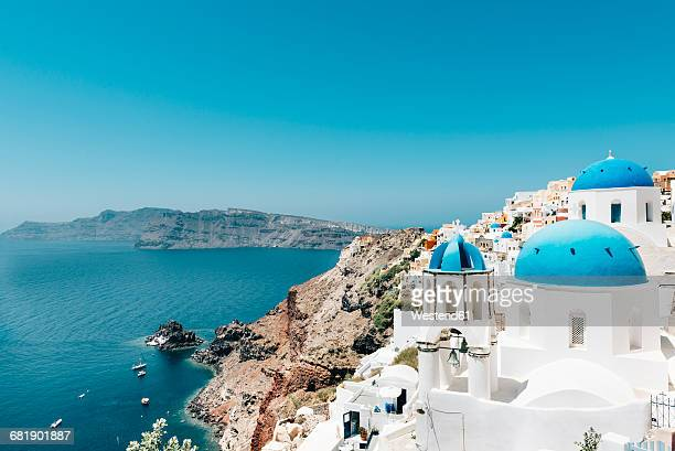 Greece, Santorini, Oia, view to caldera and Greek Orthodox Church