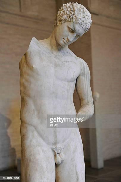 Greek art Athlete Roman sculpture after original of about 360 BC He pours oil into his left hand Glyptothek Munich Germany