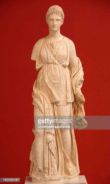 Greek Art Greece Artemis statue carved in Parian marble Located at the House of Diadumenos in Delos Dated around 100 BCE National Archaeological...