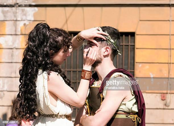 greek boy and girl - italia stockfoto's en -beelden