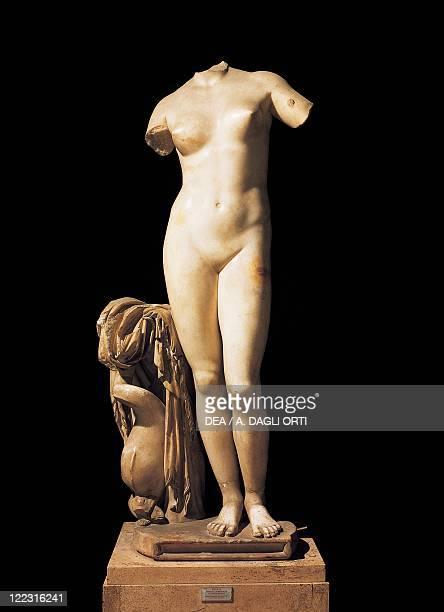Greek civilization 1st century bC Statue of Aphrodite Anadyomene from Cyrene Libya