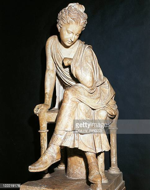 Greek civilization 3rd century bC Statue of a seated girl Roman copy in marble