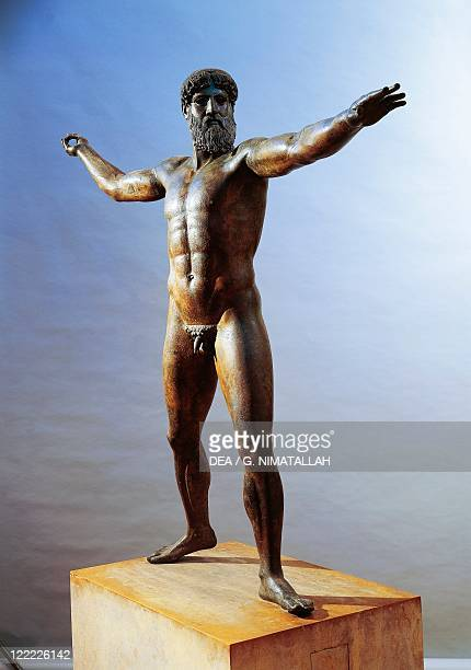 Greek civilization 5th century bC Bronze statue of Zeus or Poseidon known as Artemision Bronze From Cape Artemision Greece