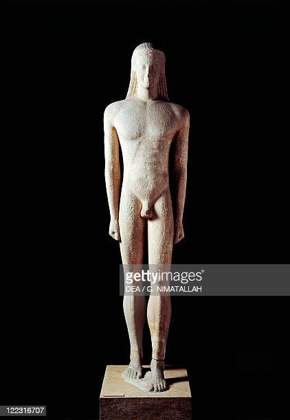 Greek civilization 6th century bC Marble statue of kouros circa 550 bC From Milos Island Greece