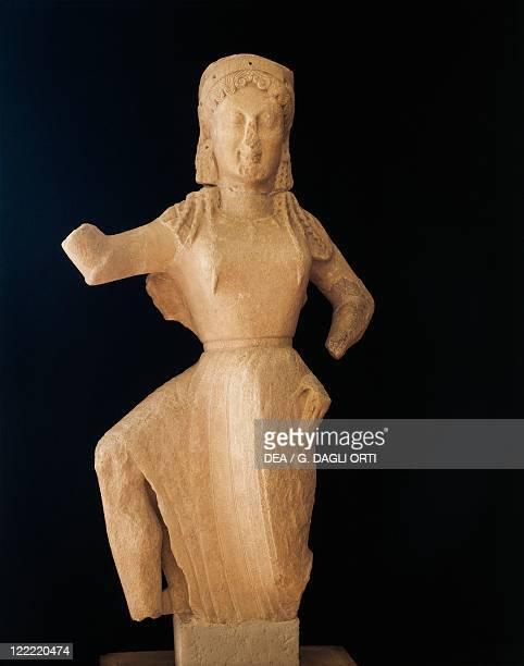 Greek civilization 6th century bC Statue of Nike of Delos circa 550 bC