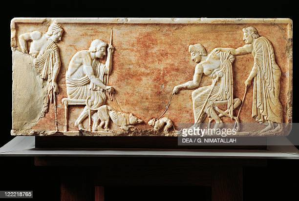 Greek civilization 6th century bC Stele depicting a fight between a dog and a cat 510 bC Relief from the Kerameikos necropolis in Athens Greece
