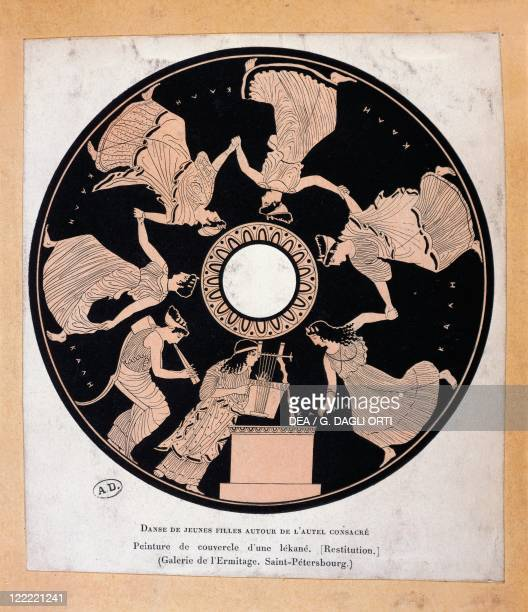 Greek civilization Scene of young women dancing Drawing from the lid of a redfigure vase at the Hermitage Museum