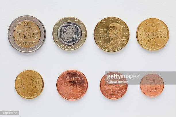greek euro coins arranged in numerical order, rear view - 1 euro photos et images de collection