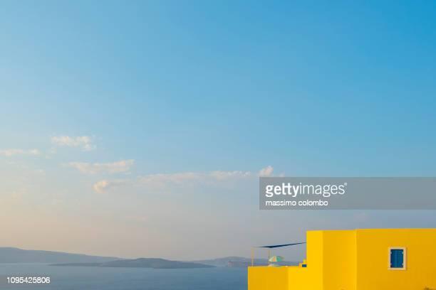 greek panorama and architecture - mer méditerranée photos et images de collection