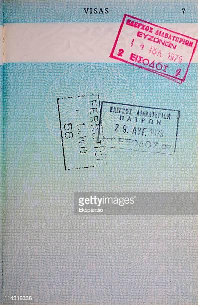 francobolli di passaporto, alfabeto greco - timbro foto e immagini stock