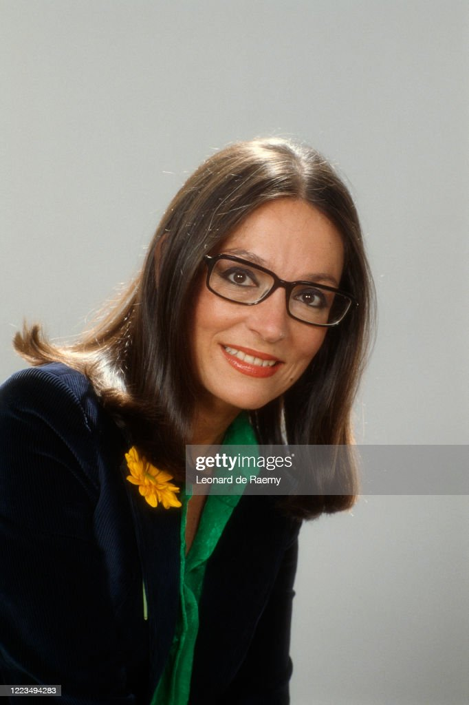 Greek Singer Nana Mouskouri : Photo d'actualité