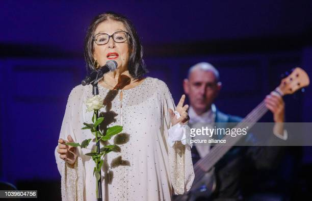 Greek singer Nana Mouskouri sings on her 80th Birthday at the Laeiszhalle in Hamburg Germany 13 October 2014 Photo Markus Scholz/dpa | usage worldwide