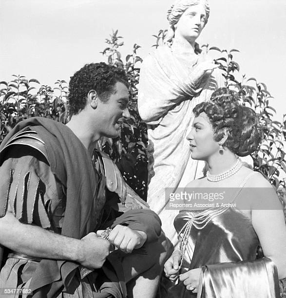 Greekborn Italian actress Yvonne Sanson playing Statilia Messalina and talking to Carlo Giustini as Britannicus on the set of the film Nerone e...