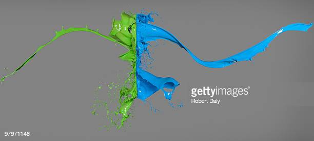 Green and blue paint colisionar