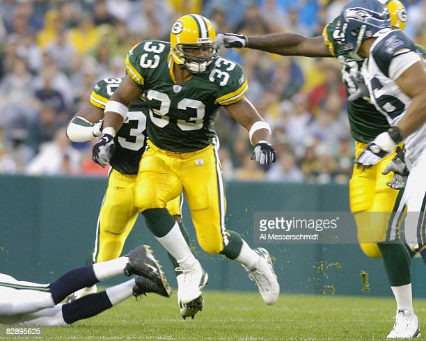 Green Bay Packers fullback William Henderson sets to block at Lambeau Field against the Seattle Seahawks August 16 2004