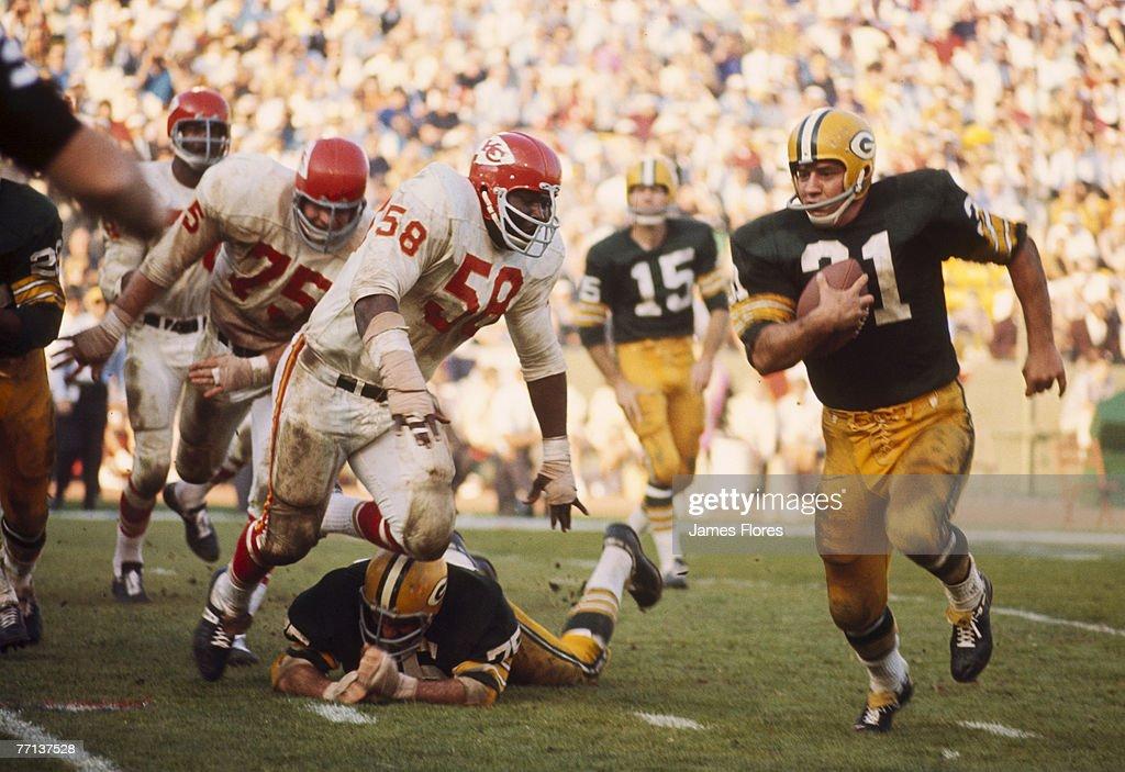 Super Bowl I - Kansas City Chiefs vs Green Bay Packers - January 15, 1967 : News Photo