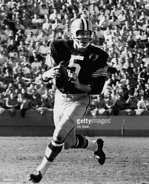 Green Bay Packers Hall of Fame running back Paul Hornung during a game in the 1960's Hornung also played quarterback kicker and halfback