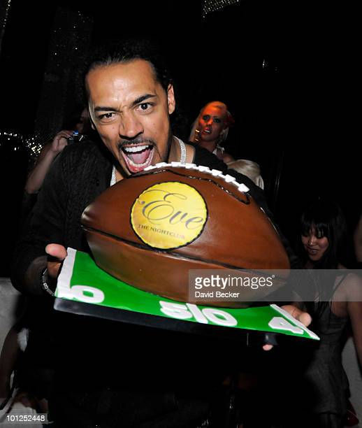 Green Bay Packers' linebacker Nick Barnett celebrates his birthday during the Bunny Bash at the Eve nightclub at Crystals at CityCenter early May 29,...